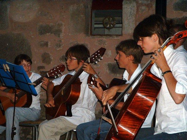 Violoncelle et guitares
